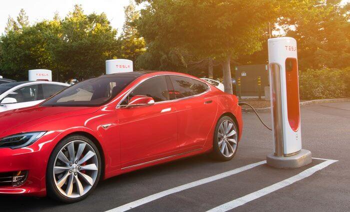 Tesla Supercharger będą płatne