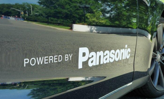 Panasonic inwestujew współpracęz Teslą