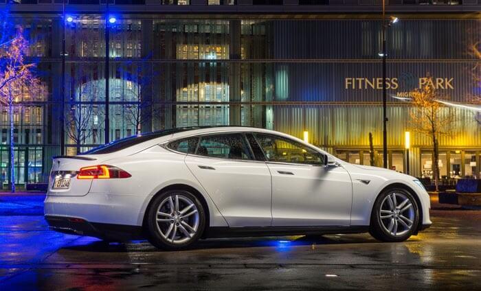 Wyniki finansowe Tesla Inc. 4Q 2016