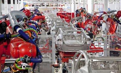 Czy Gigafactory grozi automatyzacja?