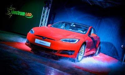 Tesla Model S w loterii Spectrum Led
