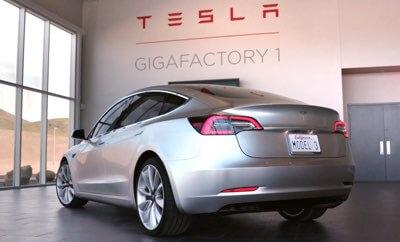 Co tak naprawdęrobią w Gigafactory